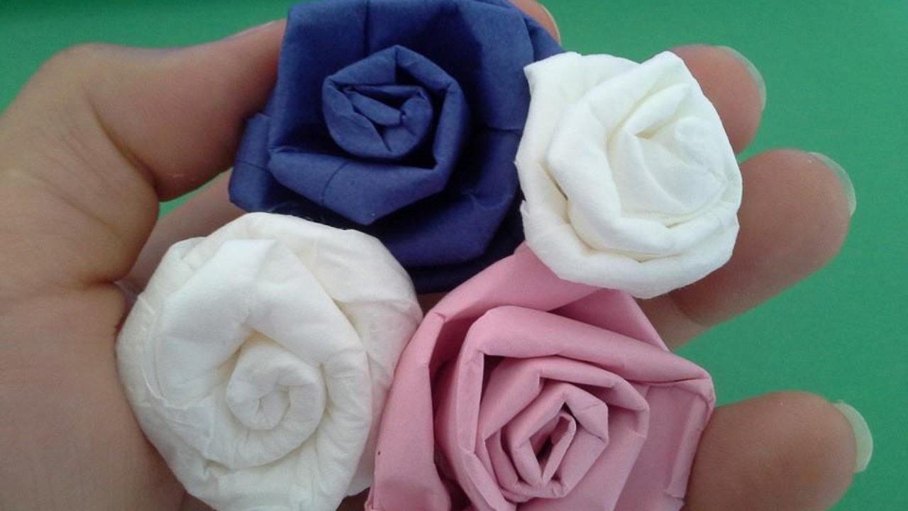 Comment faire des roses en papier de soie - Comment faire une rose en papier facile ...
